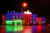 Наружное освещение: архитектурное освещение зданий, фасадов дома в Артёме
