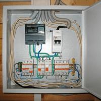Монтаж, установка, замена, ремонт электрического щитка в Артёме. Ремонт электрощита Артём. Индивидуальный квартирный электрощит в Артёме